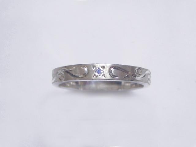 手彫りアラベスクとブルーダイヤのリング・細 TOR13 BD