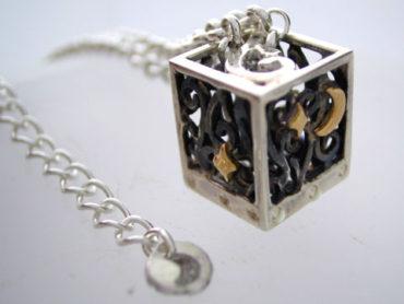 月夜の宝箱ネックレス