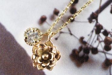 [2020クリスマス限定]タイニーネックレス・ロータスとダイヤ